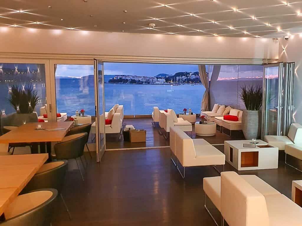 Hotel Split Umjetna Trava Balkon